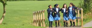 Queen Elizabeth Girls' School - государственная школа Лондона для девочек 11-18 лет